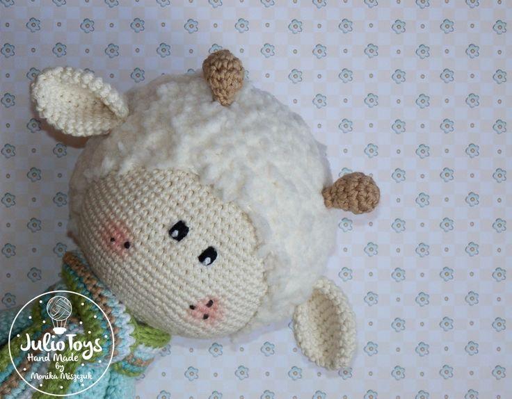 Szydelkowy baranek https://www.etsy.com/listing/269782658/crochet-spring-lamb-pdf-pattern?ref=listing-shop-header-2