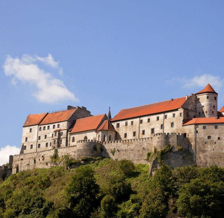 Burghausen in Oberbayern galt einst als die stärkste Festung der bayerischen Herzöge.