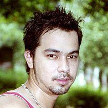 Sultan Pasya Djorghi (lahir di Jakarta, 19 November 1976; umur 40 tahun) adalah model dan aktor berkebangsaan Indonesia. Ia ikut berperan dalam sinetron Namaku Mentari dan Bidadari.