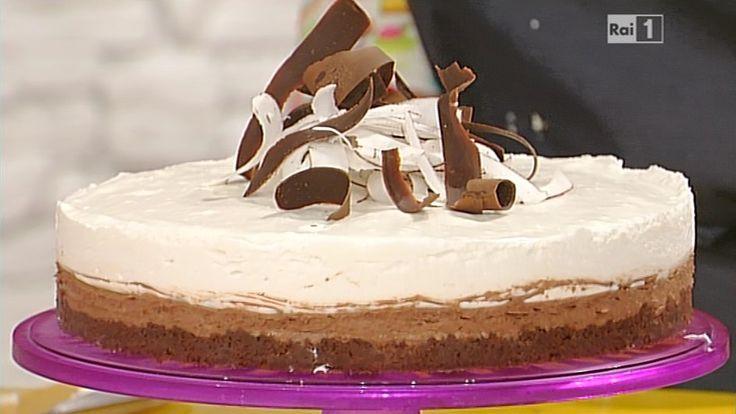La ricetta del doppio cheesecake al cioccolato e cocco di Ambra Romani del 23 marzo 2015 - La prova del cuoco