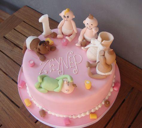 Bütün bebişler toplandık toplandık pastası