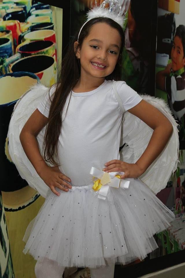 Angel costume. Disfraz de angelito.