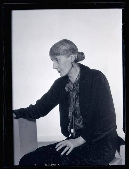 Man Ray - Virginia Woolf, 1935