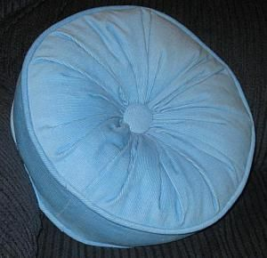 Free Pillow Pattern for a Round Pillow with a Gathered and Button Center: Materials to Sew a Round Pillow with a Gathered Center and Covered Button Center