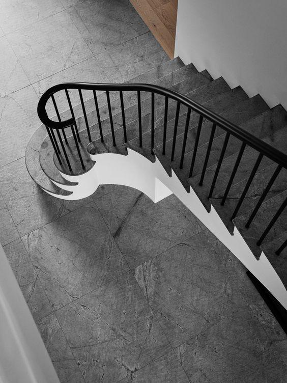 unsere treppen sind stabil widerstandsf hig und optisch. Black Bedroom Furniture Sets. Home Design Ideas