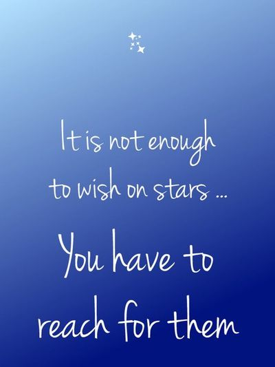 25 Motivational Reach For The Stars Quotes To Dream Big