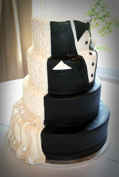 bride and groom wedding cakes half half groom cake half bride half groom wedding 2071