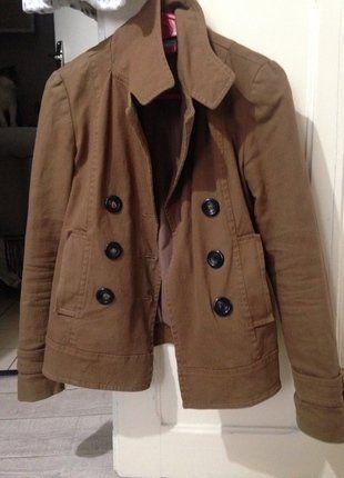 À vendre sur #vintedfrance ! http://www.vinted.fr/mode-femmes/manteaux-dhiver/25850114-veste-marron-automne-36-etam
