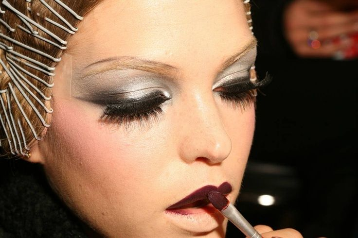 Maquillaje años 20-Pasarela Dior.