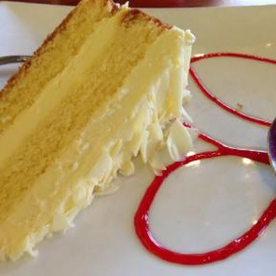 Limoncello Cake with Marscarpone Frosting @keyingredient #cake #cheese…