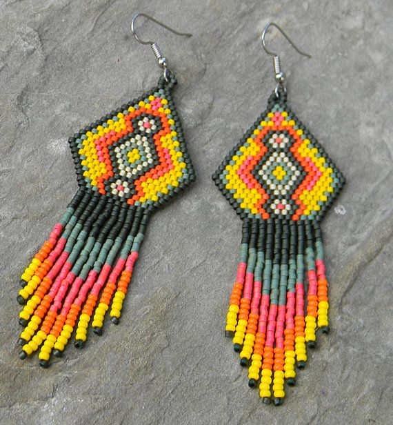 Colorful Native American Style Seed Bead Earrings by Anabel27shop