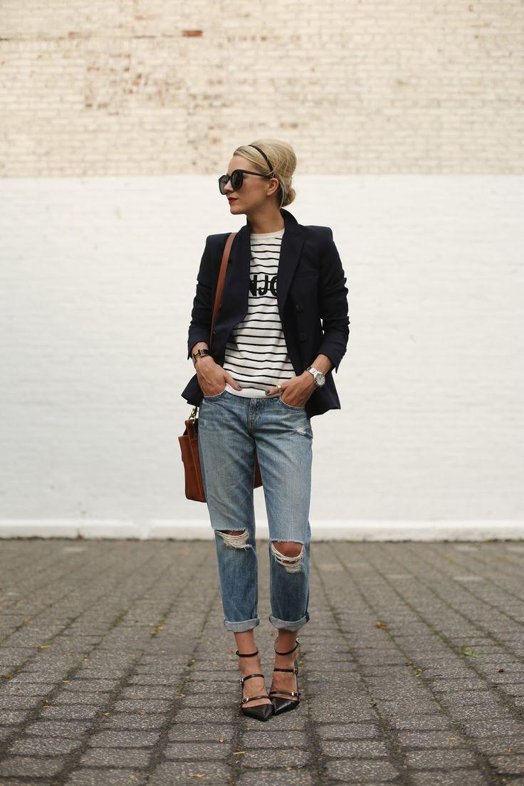 Weekend outfit inspiration: ASOS striped tee, Zara blazer & shoes, Rag & Bone Boyfriend Moss Ripped-Knee Jeans, Hermès H bracelet #StreetStyle