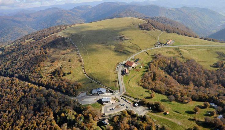 Ballon d'Alsace - 1171m - 9km à 6,9% depuis St Maurice - Dénivelé 619m. 12,4km à 5,2% depuis Malvaux (dénivelé 643m) et 13,2km à 5,1% depuis Sewen (dénivelé 678m).