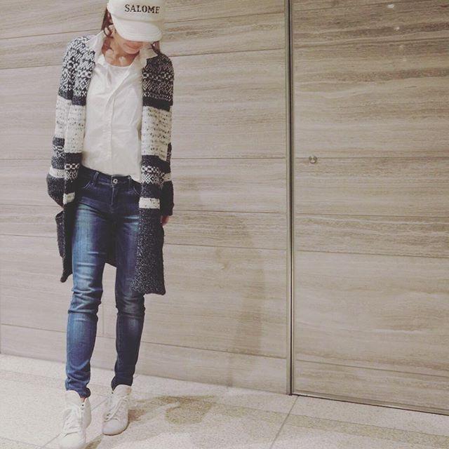 tomoe721早く大好きなみたいな〜❤︎ ・ ・ ・ ・ ・ #今日のコーデ#春コーデ#アディダス#スニーカー#キャップコーデ#キャップ#ユニクロデニム#白シャツ#フランクアンドアイリーン#ネイビー#ロングカーデ #bcbgmaxazria#fashion#ootd#coordinate#adidas#uniqlo#casual#sneaker#cap