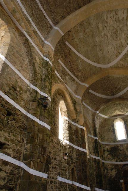 Sept Couronnes Excentriques, Abbaye Saint-Jean d'Orbestier, Le Château d'Olonne, France by Felice Varini (2006)