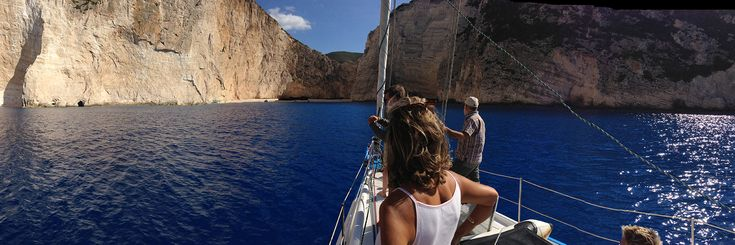 Zante e la leggenda del relitto #barcaavela #vela #sailingboat #sailing #moana60 #imoca #cruise #crociere #baie #sup #greece #Zakynthos #kefallina #Ithaki #travel #vacanze #viaggi #estate #spiagge
