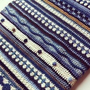 Crochet Along blanket - Wieke: heel veel duidelijk uitgelegde haaksteken in één dekentje