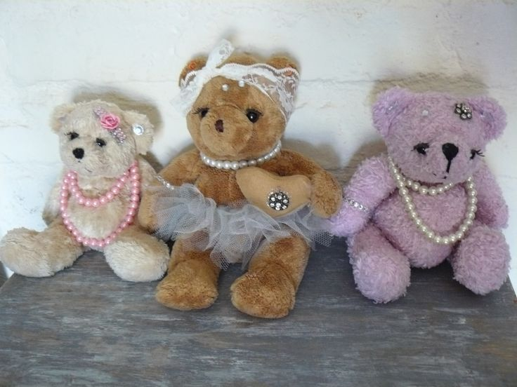 Fleamarket finds... dressed them up, now my glam bears and friends!
