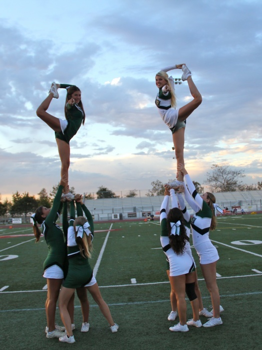 cheerleaders CHEER scorpion #mindsshots #amazingimagez
