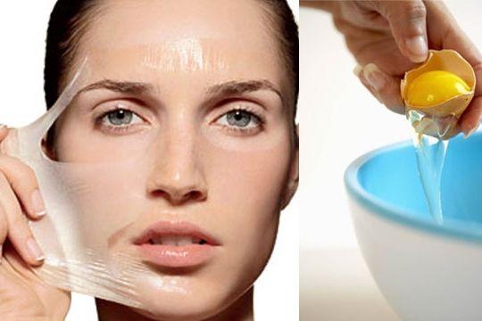 Яичная маска-пленка 3 в 1: подтяжка, укрепление и очищение 👍  Полноценный уход за кожей невозможен без использования различных масок. Куриное яйцо по праву можно считать самым бюджетным и самым эффективным средством для поддержания молодости и здоровья кожи.  Белок эффективно подтягивает и мягко очищает кожу. В желтке содержится много лецитина, который обеспечивает увлажнение и глубокое питание эпидермиса. Витамины A, D, B заботятся о молодости кожи. Яичную маску с успехом могут применять…