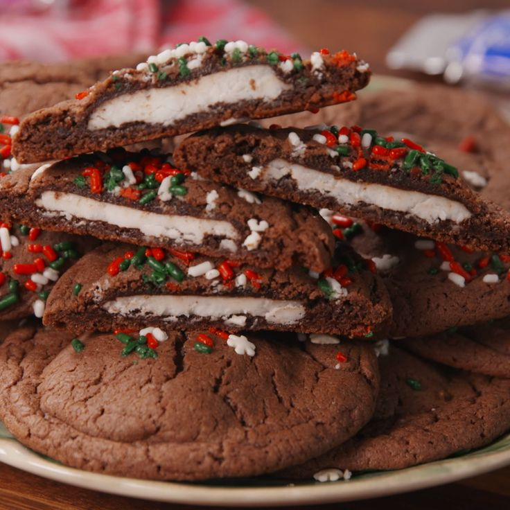 Everyone will love the surprise hidden inside this stuffed cookie. #food #holiday #christmas #easyrecipe #recipe #kids #inspiration #pastryporn #ideas #wishlist