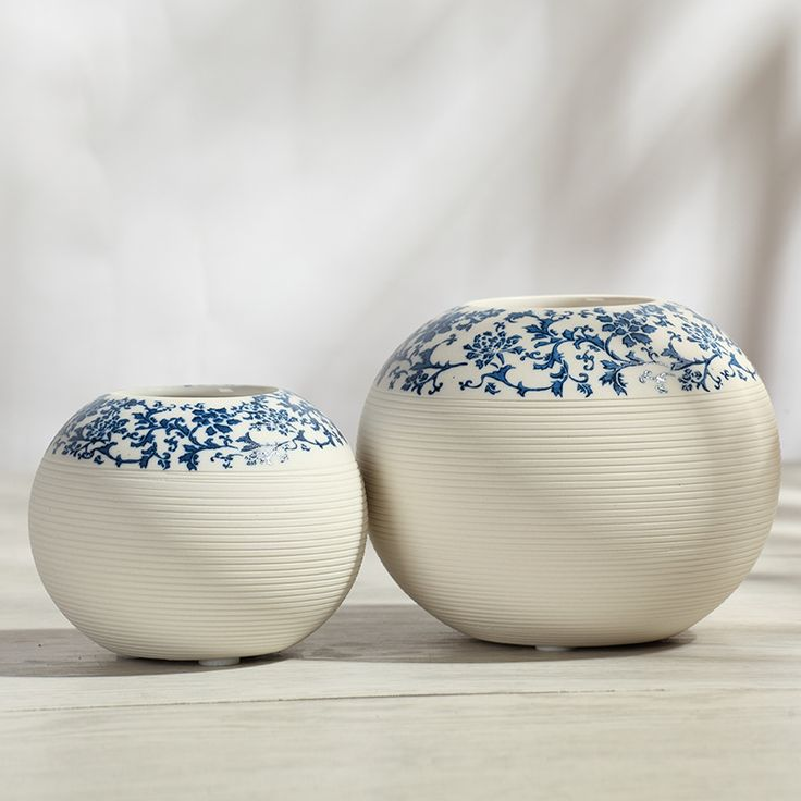Find More Vases Information about Porcelain Blue and White Round Vase Living Room Modern Minimalist Style Ceramic Decoration Flowerpot Vases of Flower Home Decor,High Quality vases candle,China vase crystal Suppliers, Cheap vases glassware from Handicraftsman on Aliexpress.com