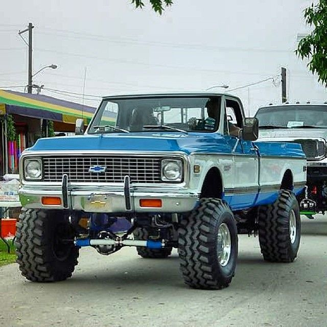 72 chevy c10. This is what I want for myself in the future!