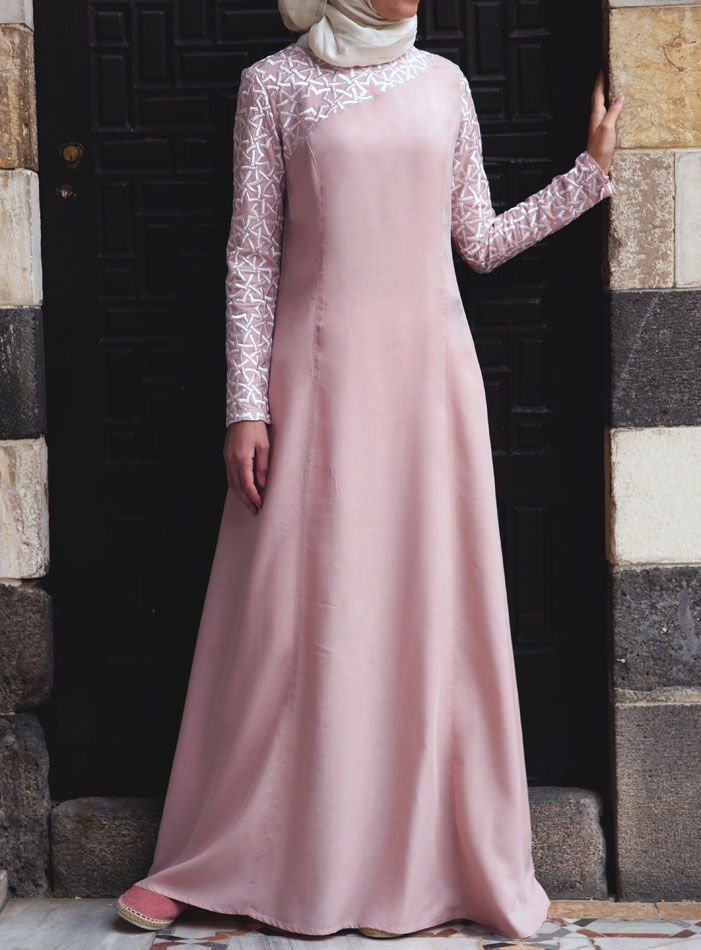 SHUKR USA | Nana Embroidered Gown