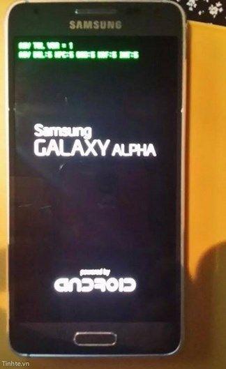 Bootscreen Samsung Galaxy Alpha. Doo dit scherm lijkt het ons een zeer valide gerucht.