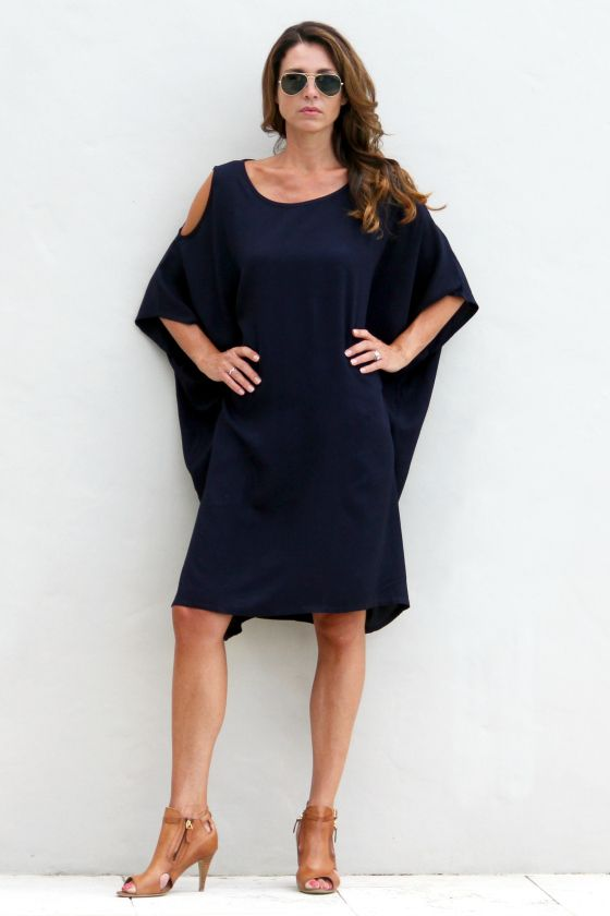 Surafina Cold Shoulder dress in navy