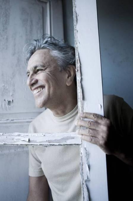 Caetano Veloso - clipe de música do seu novo álbum 'Abraçaço'