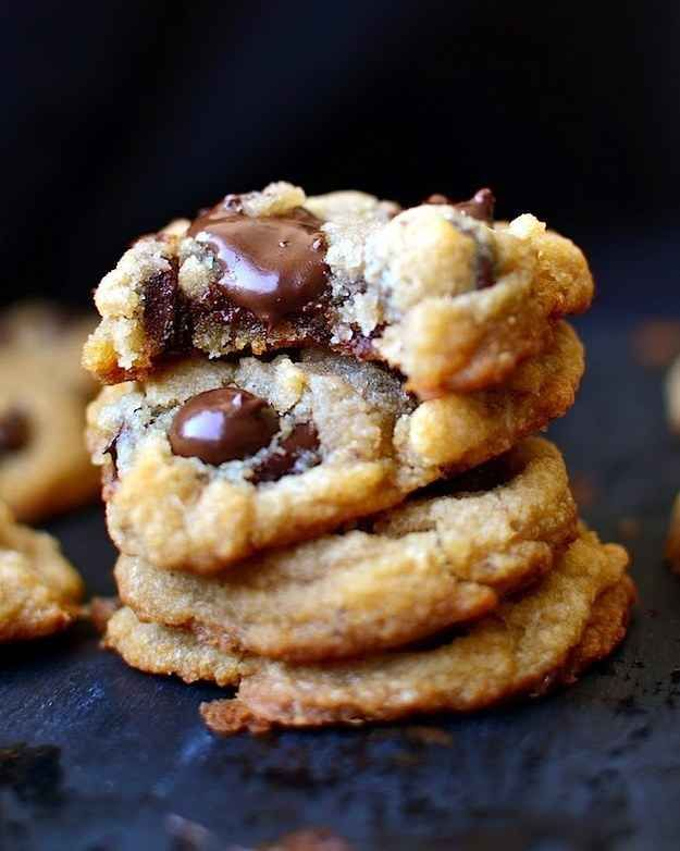 Gluten-, Egg-, and Dairy-Free Vegan Chewy Chocolate Chip Cookies | 23 Life-Changing Ways To Eat Chocolate Chip Cookies