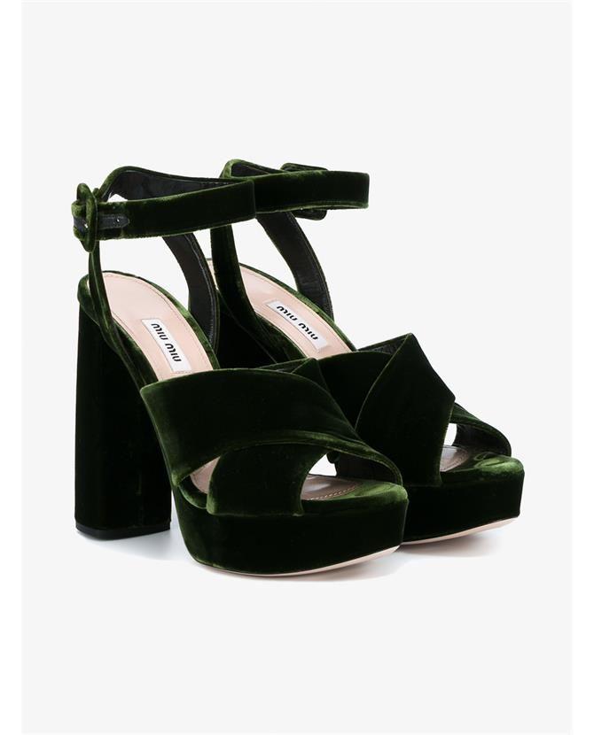 MIU MIU Velvet Platform Sandals. #miumiu #shoes #sandals