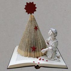 DIY: Weihnachtsbaum aus Buch falten                                                                                                                                                                                 Mehr