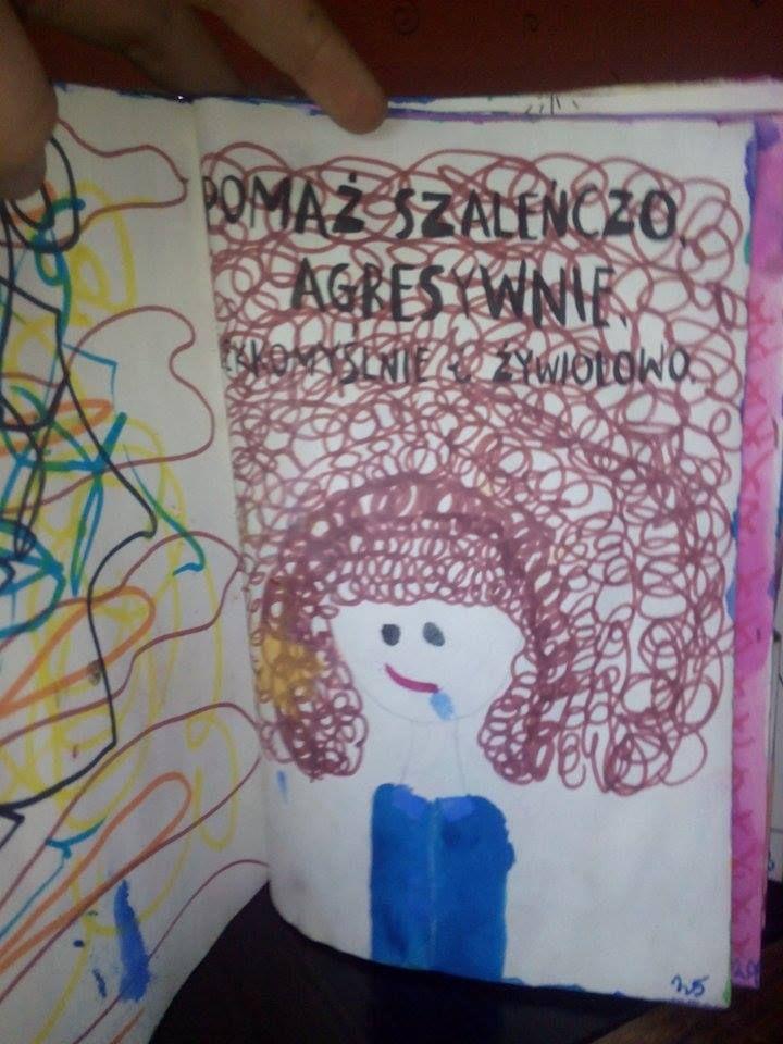 Podesłała Oliwia Harmasz #zniszcztendziennikwszedzie #zniszcztendziennik #kerismith #wreckthisjournal #book #ksiazka #KreatywnaDestrukcja #DIY