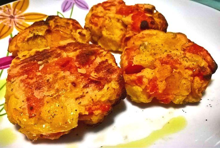 I miniburger di verdure ipocalorici sono una ricetta facilissima per chiunque voglia restare in forma senza rinunciare ai sapori e ai colori!