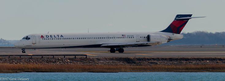 https://flic.kr/p/22xgZ1Y | Delta Air Lines Inc, N957DN, 1997 McDonnell Douglas MD-90-30, MSN 53527, LN 2175, FN 9257 | B-2254
