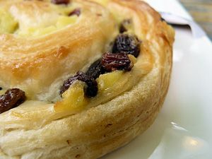 Best Fall Dessert Recipes: Pain au Cinnamon Raisin Recipe