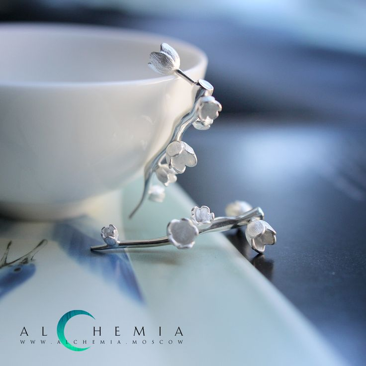 The Spring earrings. Silver. Handmade by Alchemia Jewellery.