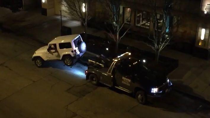 Tow Truck vs Jeep
