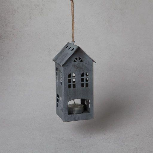 Κηροπήγιο ρεσό σε σχήμα γκρι σπίτι
