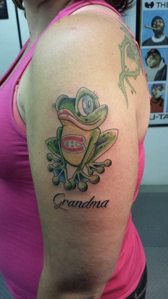 1000 id es propos de tatouages en m moire de grand m re sur pinterest tatouages de m moire. Black Bedroom Furniture Sets. Home Design Ideas
