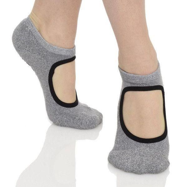 Great Soles Grip Socks.  Barre Socks.  Workout socks for pilates and yoga.  Cute Grip Sock.  Barre Sock for the Barre Girl.  Great for Pure Barre, Barre3, Physique57, Studio Barre, Xtend Barre, Cardio Barre, Tone Barre, Bar Method, Pink Barre, Sculpt Barre, FlyBarre and more.