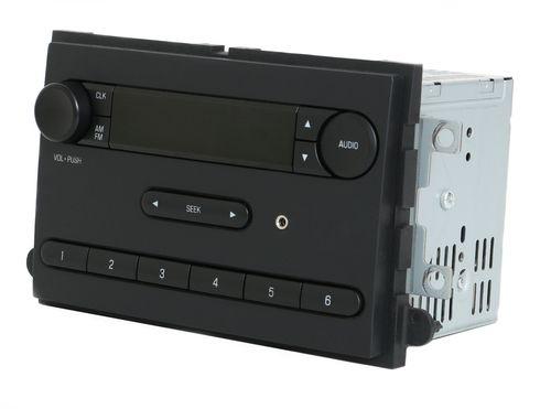 2013-2016 Ford E150 E250 E350 Van AM FM Radio w Auxiliary Input - DC2T-18K810-AA