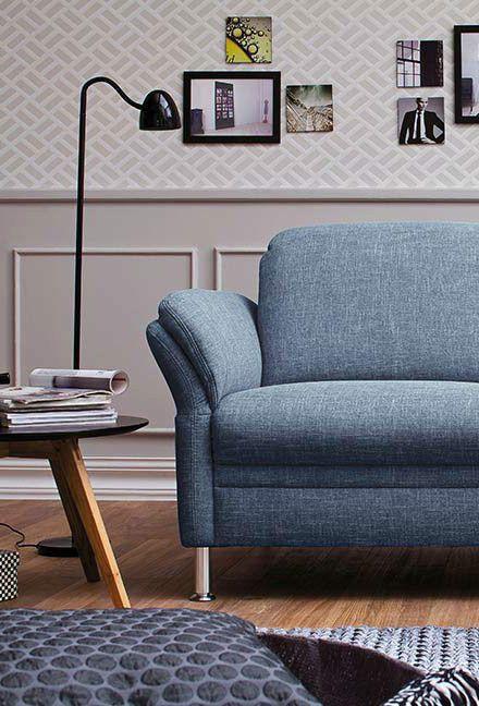 Sofa Mara | Absolut Modern   In Jeansoptik  Kommt Das Schlichte, Hellblaue  Sofa Daher