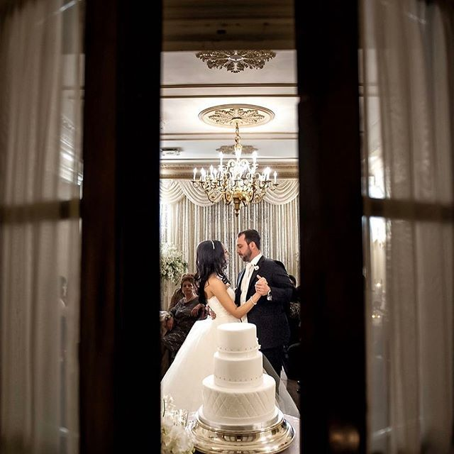 #tbt A little #weddingtbt throwback to this awesome #wedding I love this first dance shot, it is one of my favourites. #graydonhallmanor @graydonhall_couturecuisine