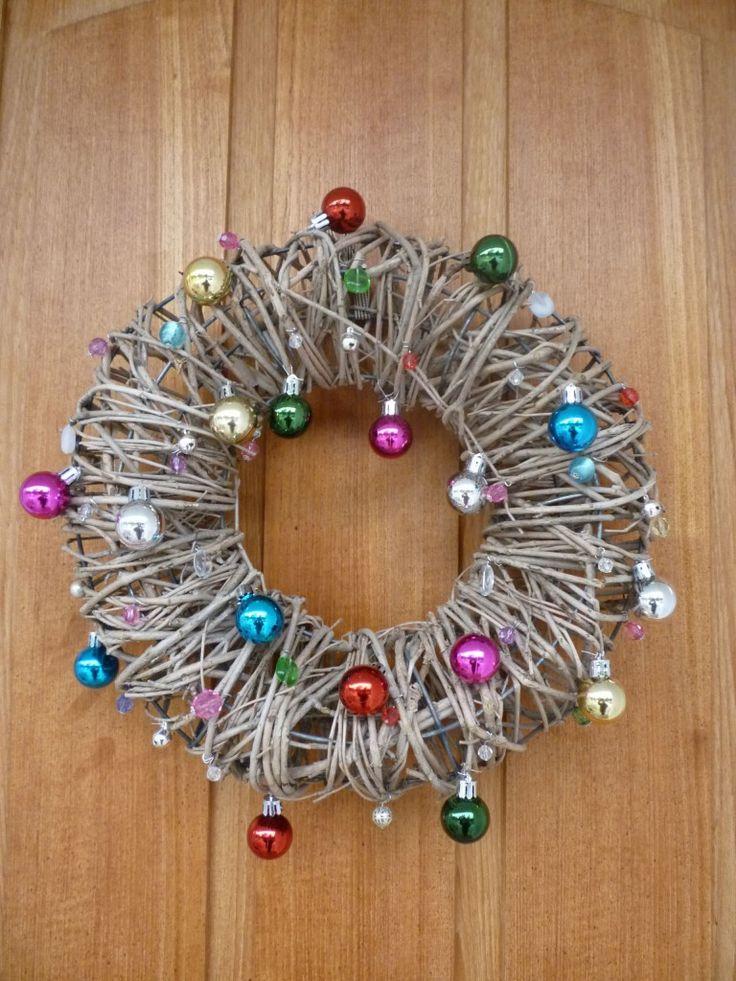 DIY-wreath. Tuunattu ovikranssi.