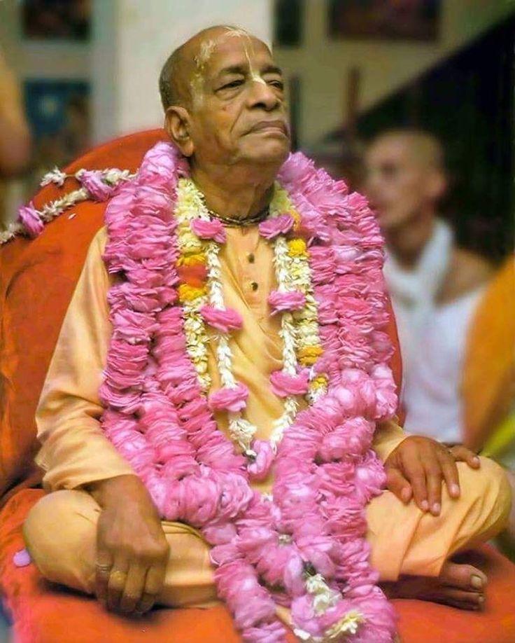 """""""#HareKrishna #JayaSrilaPrabhupada❤ #JayaGurudev"""""""