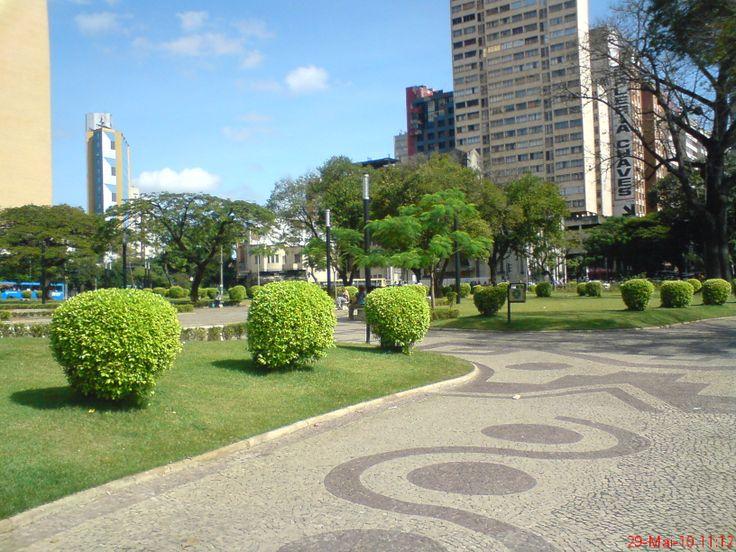 Resultado de imagem para foto d guarda municipal de bh em MG na praça Raul Soares