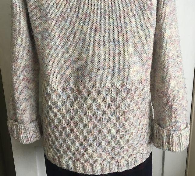 HONEYBEE Raglan Everyday Cardigan pattern by JoliSylvie_Knitting&Crochet Sylvia